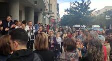 Aplausos a Javier Ruiz tras la moción de censura en Santo Domingo