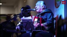 Carlos Mejía Godoy canta en Laguardia