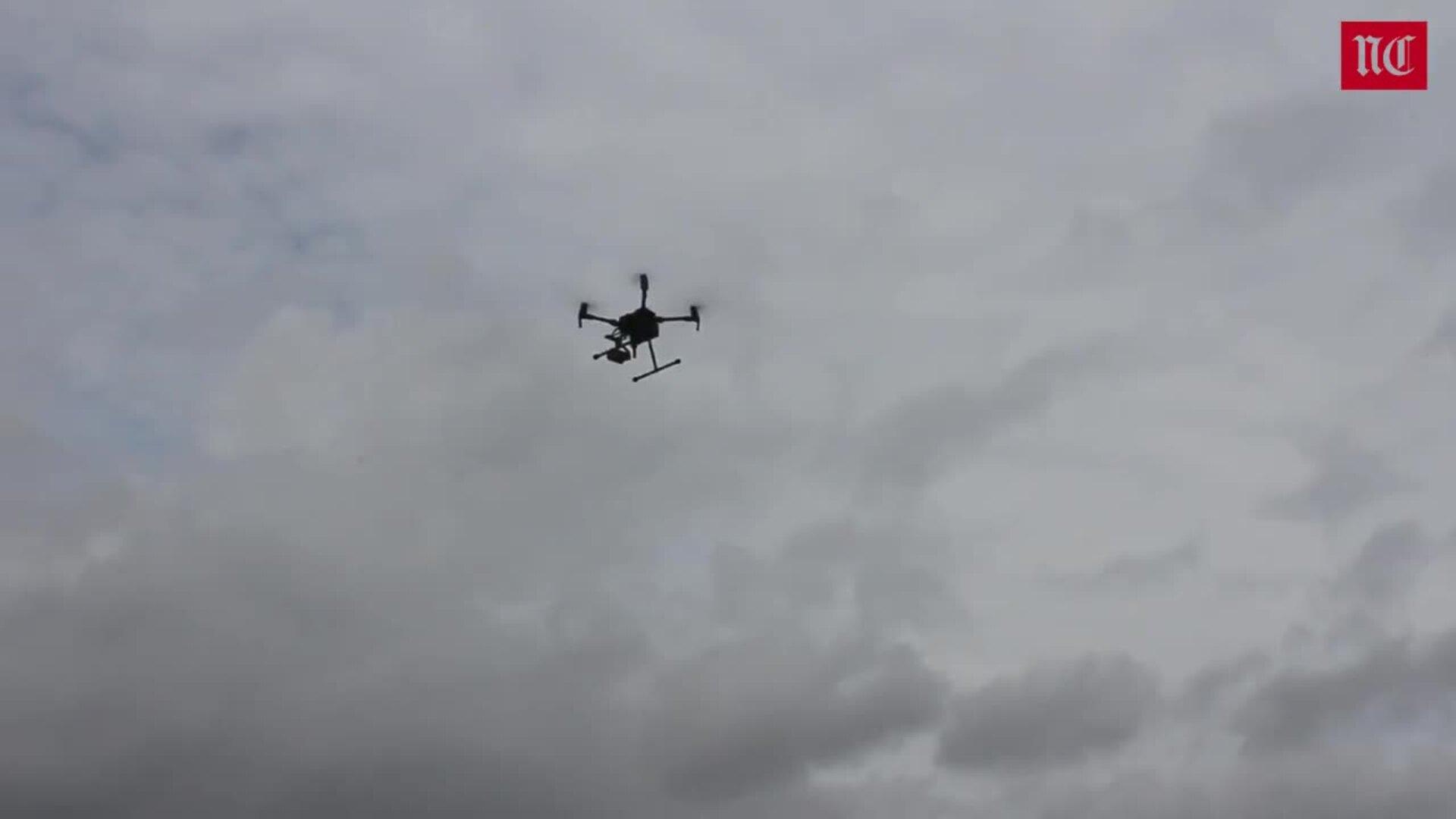 Así es el DJI Matrice 200, el dron de la DGT que multa desde el aire