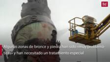 Limpian la pintura roja del Monumento a Colón en Valladolid