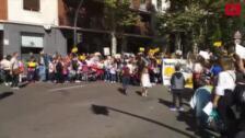 Padres del colegio Juan Jaén de Salamanca cortan el tráfico del paseo de Carmelitas y provocan importantes retenciones