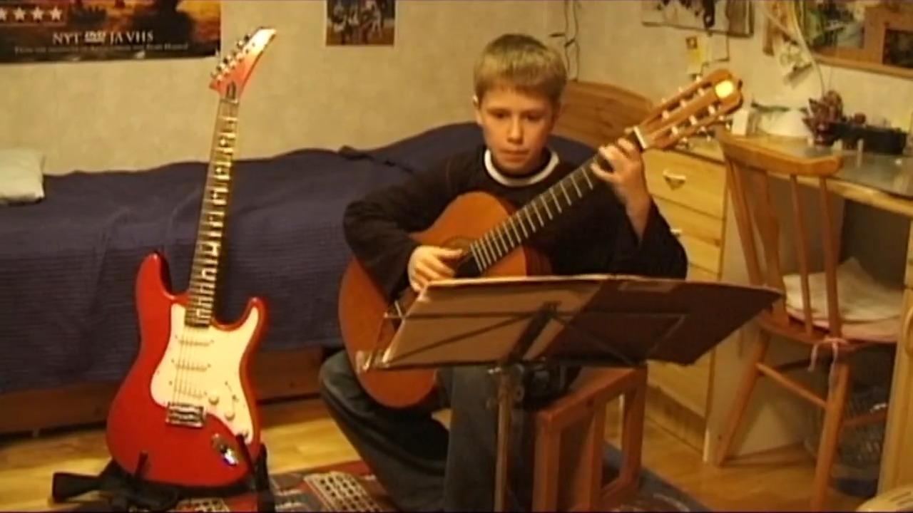 Våra musikinstrument – gitarr
