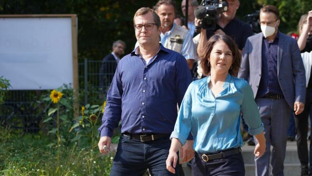 """Annalena Baerbock wählt in Potsdam: """"Werden sehen, ob wir einen echten Aufbruch schaffen"""""""