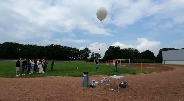 GBN-Schüler lassen Wetterballon in 40 Kilometer Höhe steigen