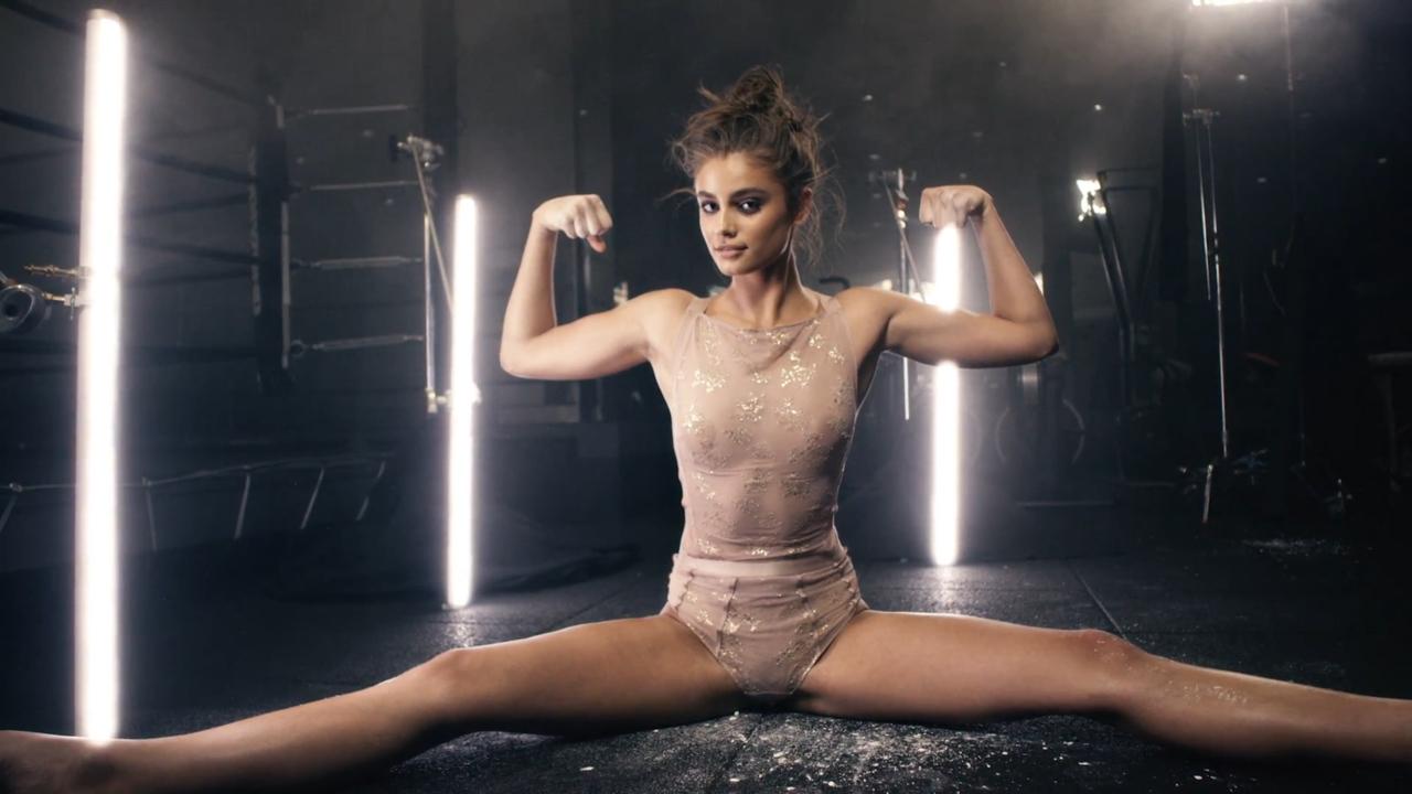 Boobs Taylor Hill nude photos 2019