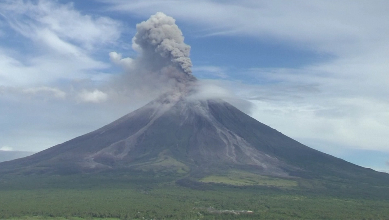 What Causes A Volcano To Erupt How Are They Formed And What Are The