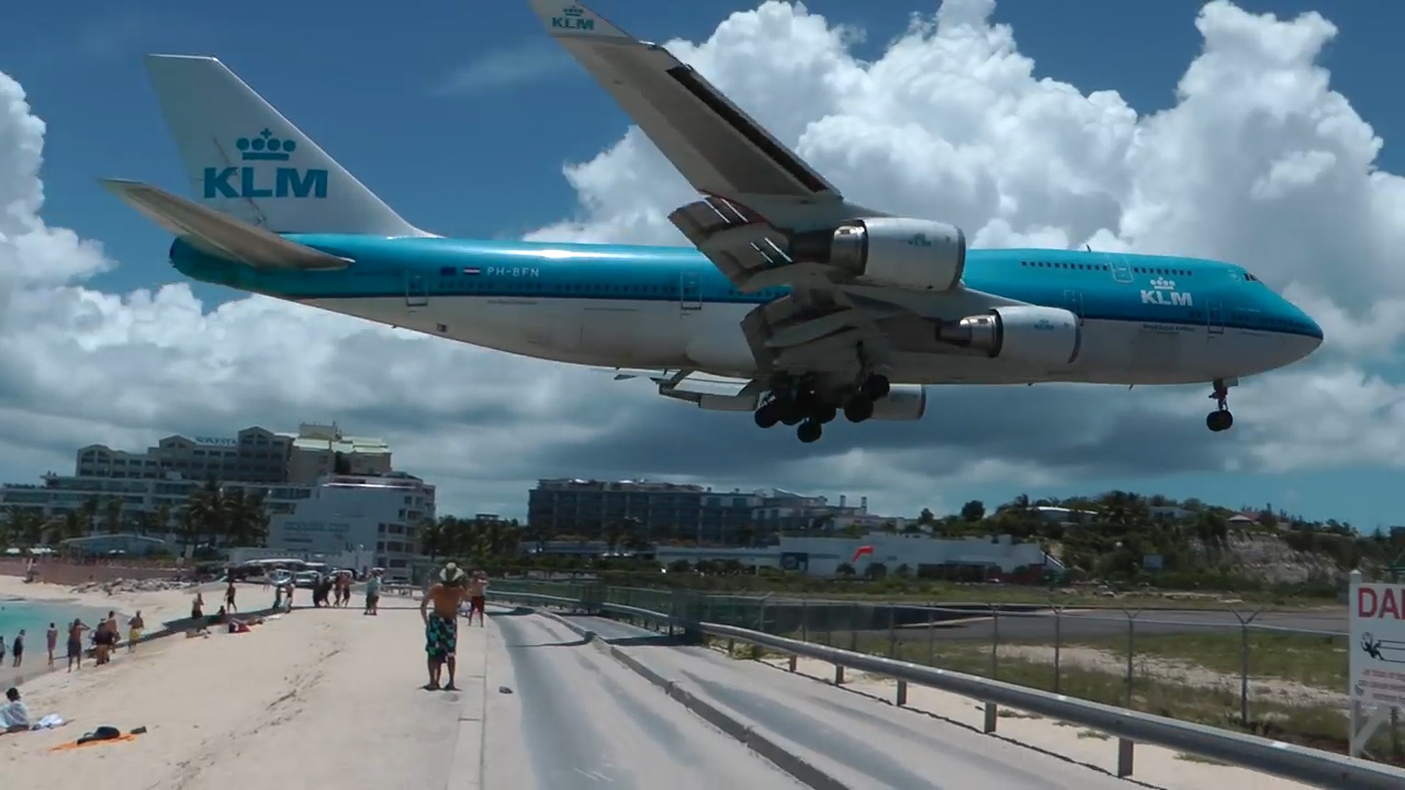 St Maarten airport will no longer see packed 747 jumbo jets