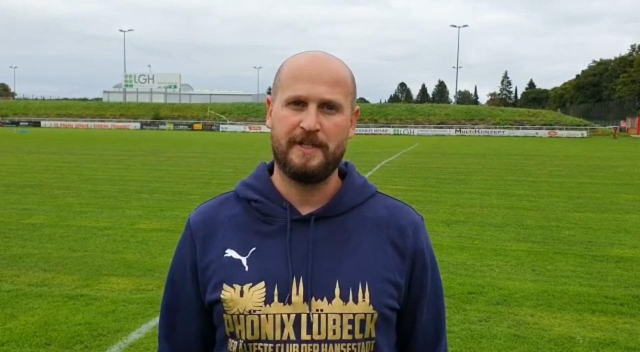 Trainer Daniel Safadi über die beiden jüngsten Neuzugänge des 1. FC Phönix Lübeck.