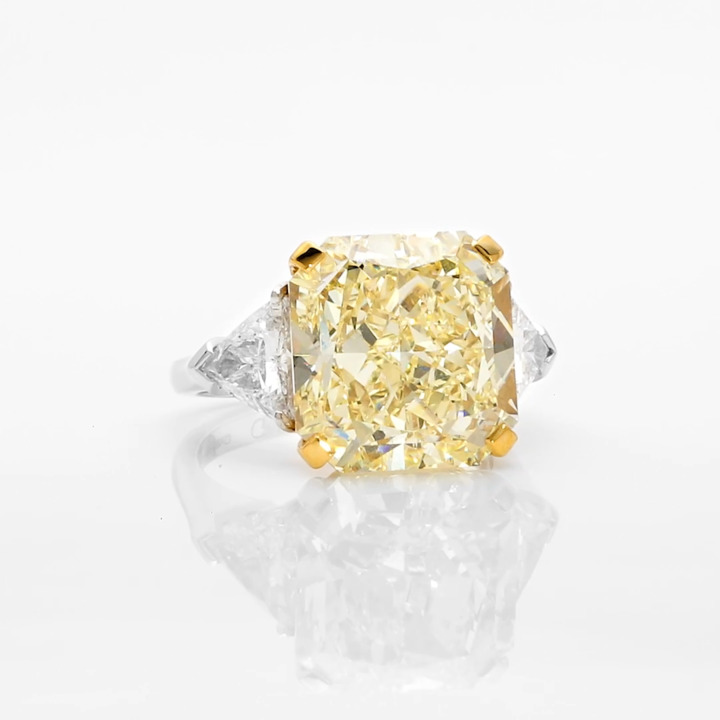 Radiant Cut Yellow and White Diamond High Jewellery Ring