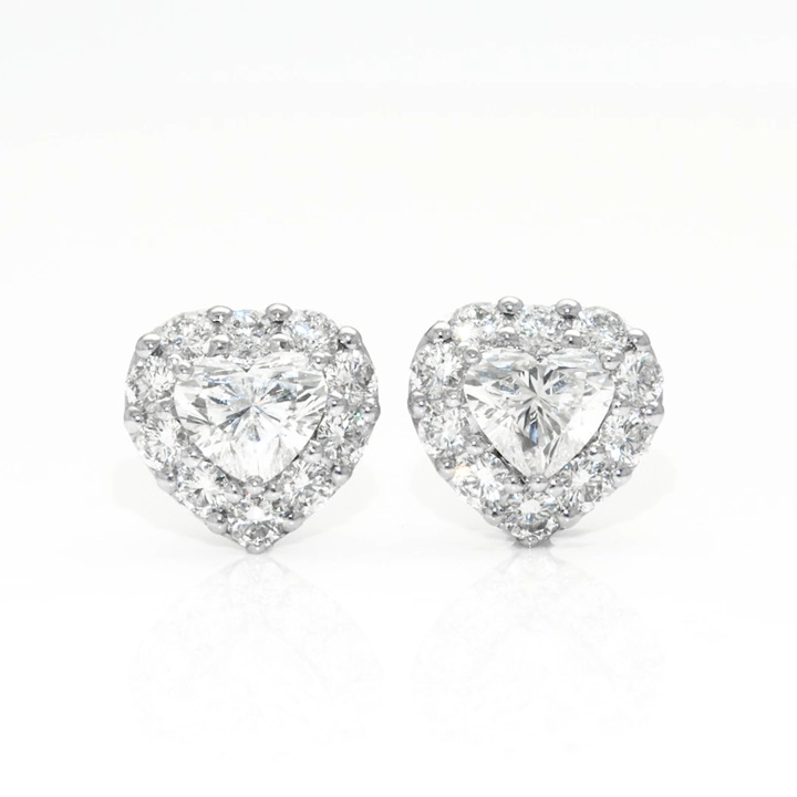 Icon Heart Shape Diamond Stud Earrings