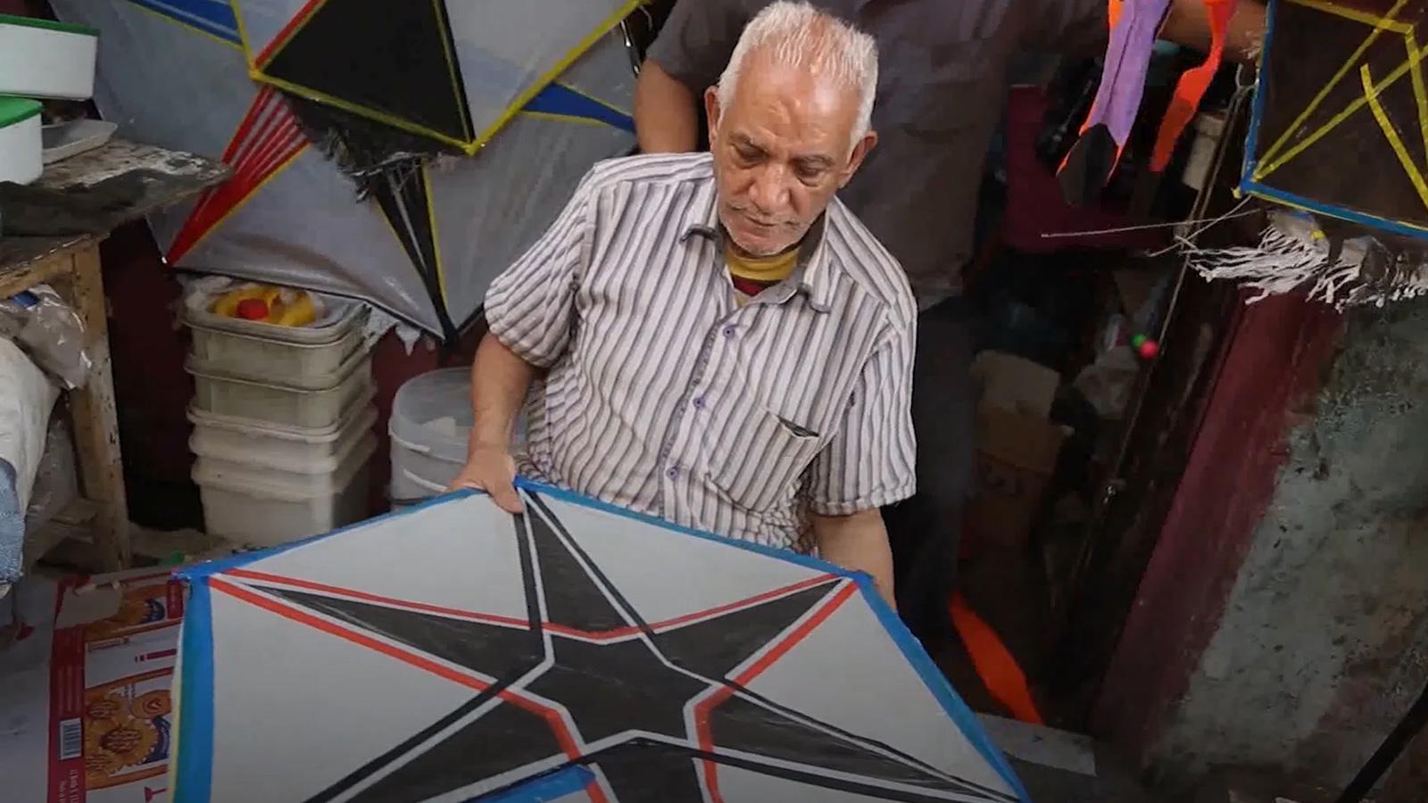 في مصر الطائرات الورقية رزق للكبار وفرحة للصغار