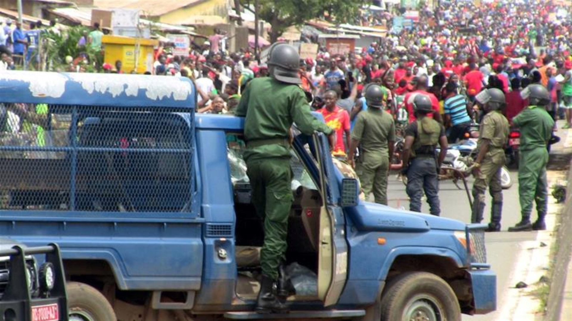 Guinea protesters urged to continue general strike