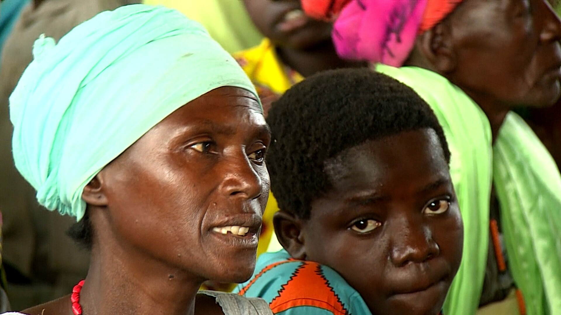 Fighting forces DR Congo refugees to flee to Uganda