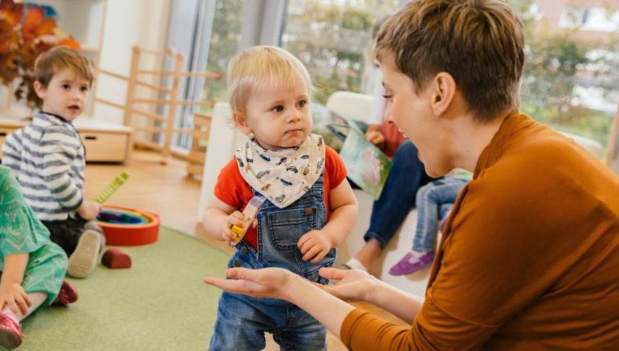 Garde Denfant Un Nouveau Coup De Pouce Pour Les Parents Capitalfr