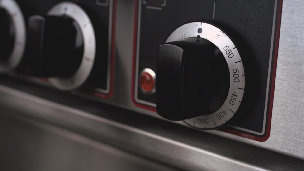 Four A Chaleur Brassee cuisine actuelle - cuisson au four : quand utiliser la chaleur tournante ?