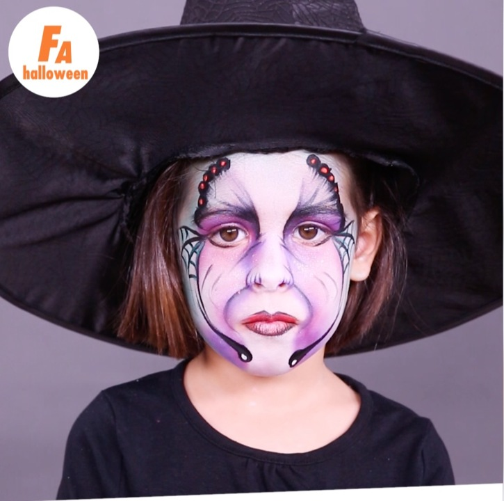 Halloween Un Maquillage De Sorciere Facile A Realiser Femme Actuelle Le Mag