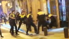 Detenido en San Francisco tras agredir a varios agentes de la Policía de Bilbao