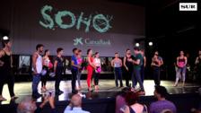 Antonio Banderas abre las puertas al ensayo del musical que inaugurará el Teatro del Soho CaixaBank