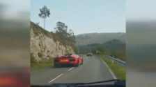 Temeraria carrera de coches deportivos en Asturias
