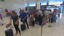 El Aeropuerto de Badajoz estrena los vuelos directos a Tenerife