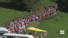 Cientos de personas se reúnen en la romería de San Cipriano, en Cohicillos