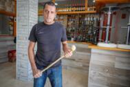 Vicente 'sin miedo' frustra el atraco de su bar de Granada