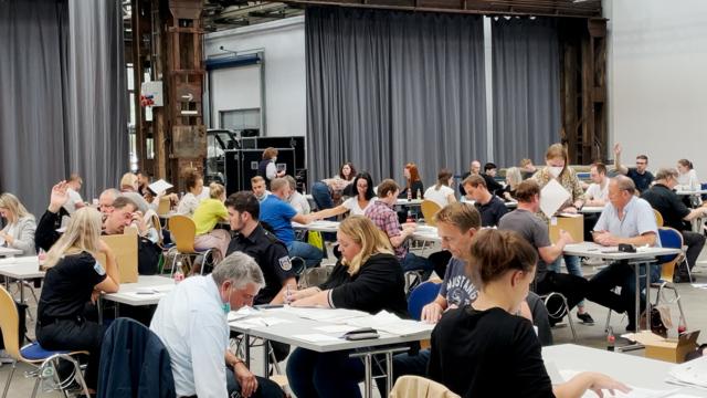 Oberbürgermeisterwahl in Göttingen: Neuauszählung hat begonnen